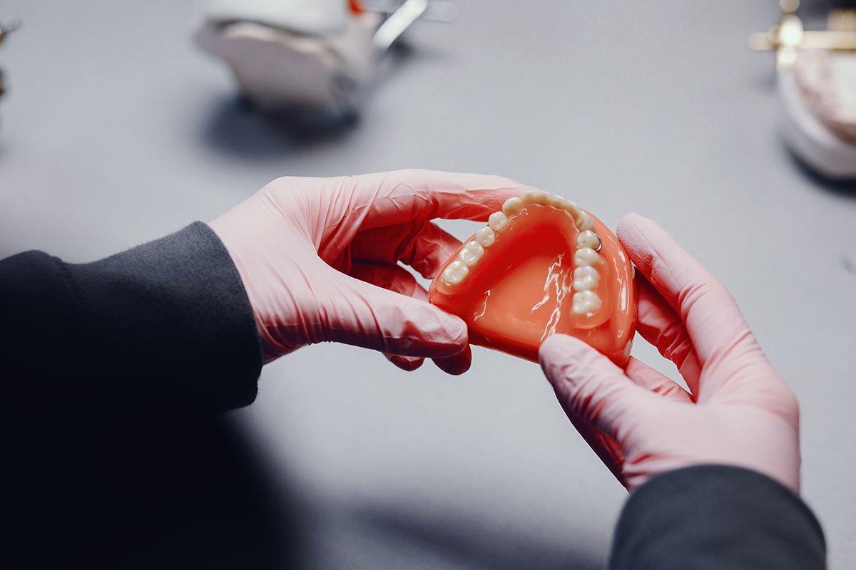 broken dentures leederville