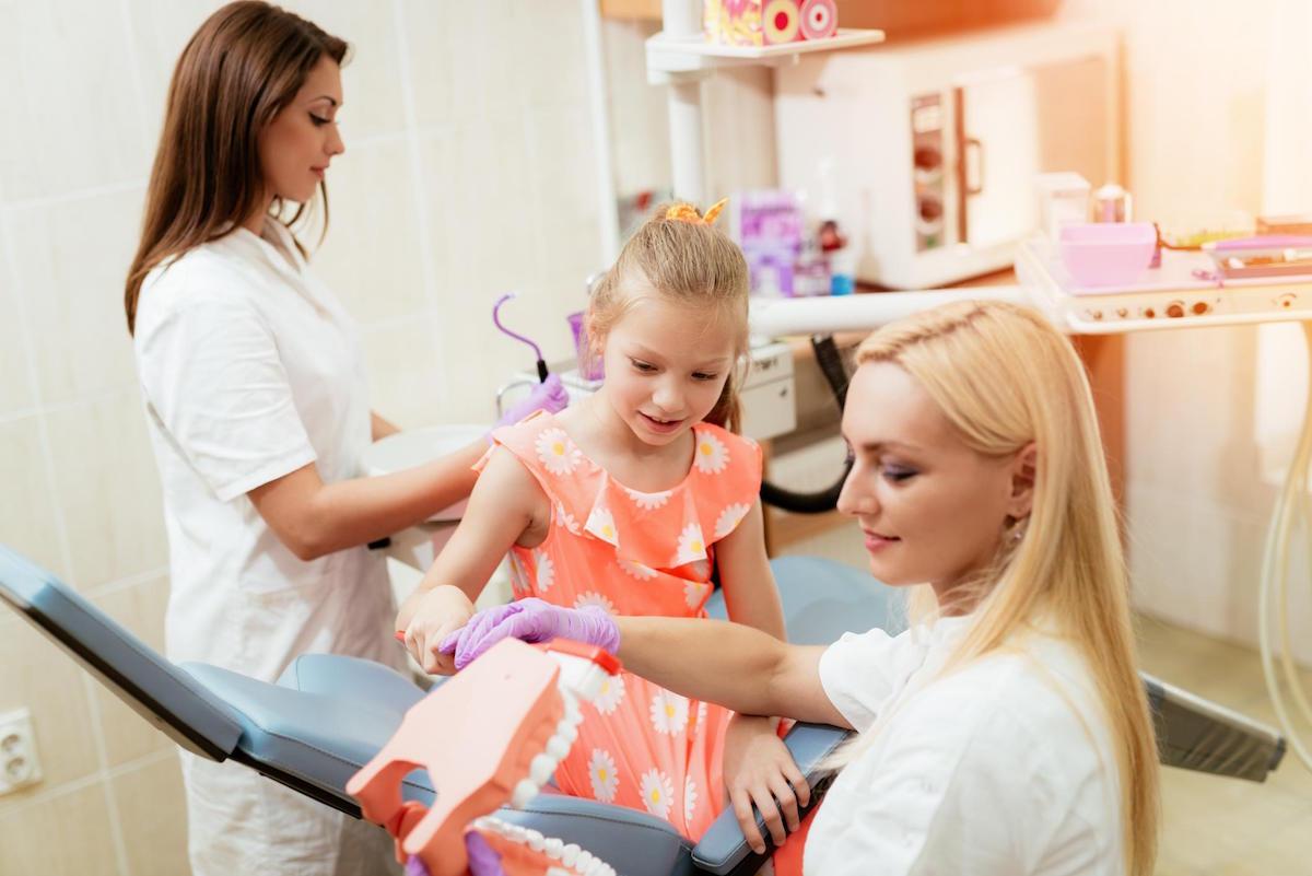 dentist menora